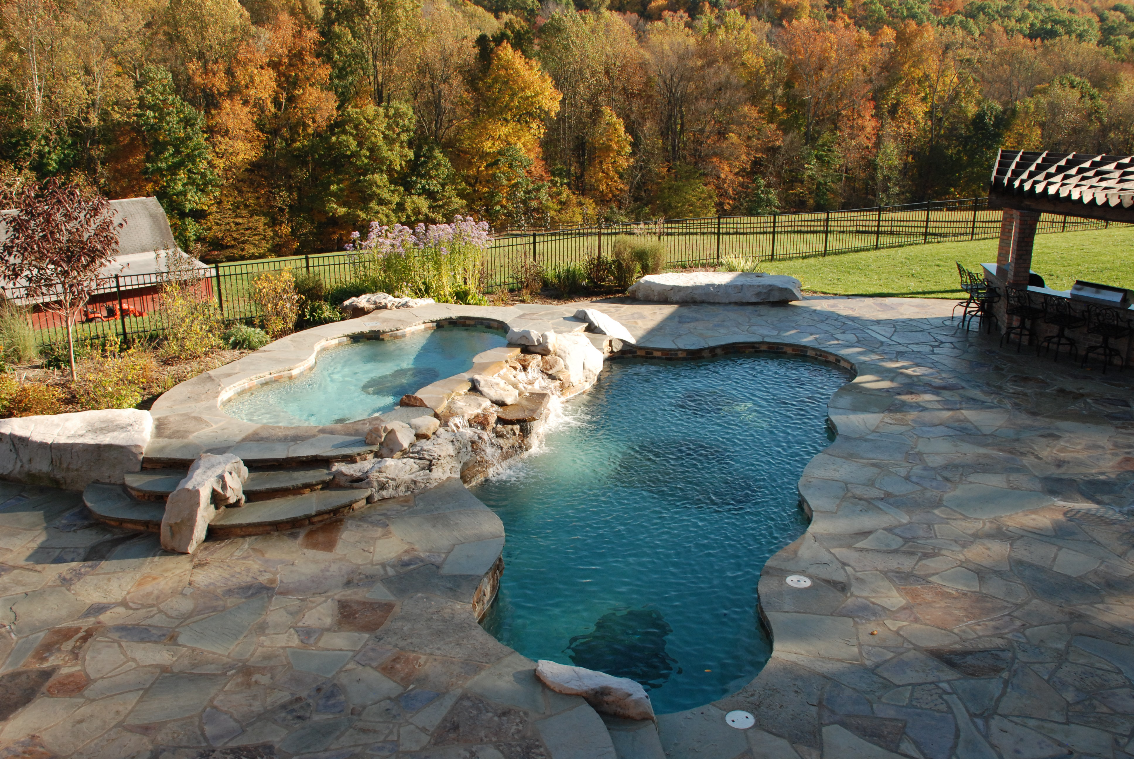Five Reasons Why Fall Is The Best Time To Get Free Pool