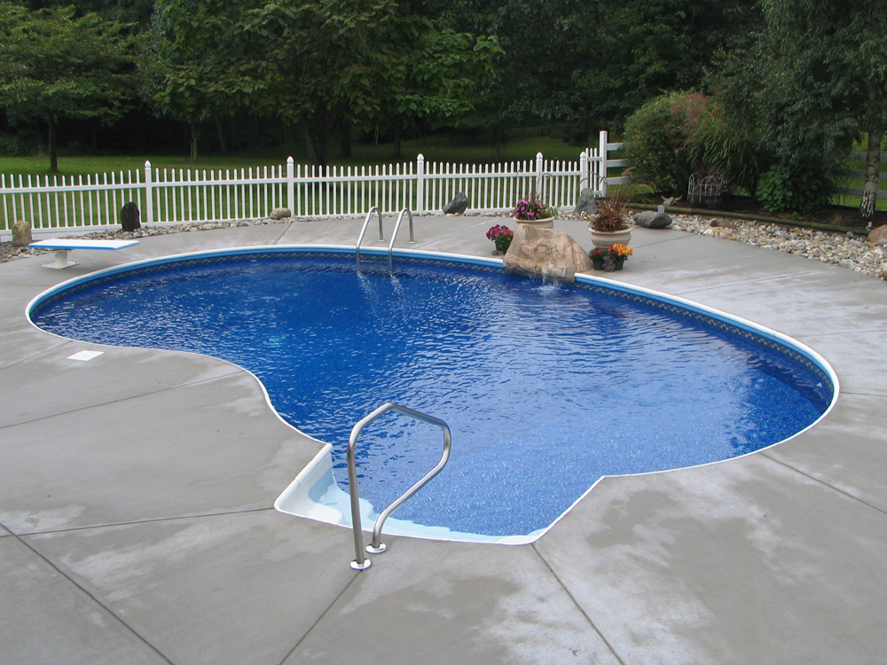 The Width Of A Kidney Shaped Swimming Pool Swimming Pool Quotes