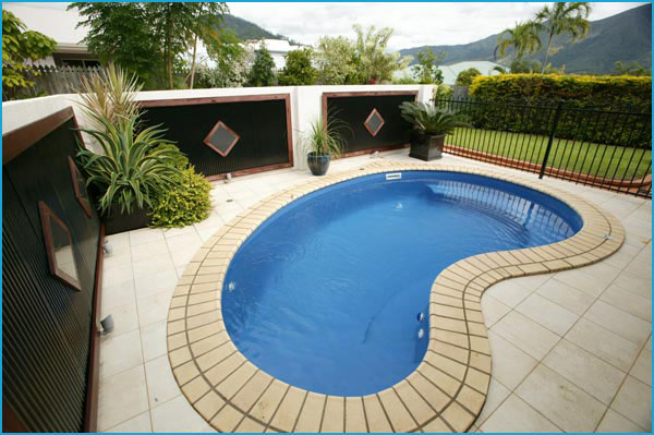 Kidney shaped pool designs swimming pool quotes for Images of kidney shaped pools