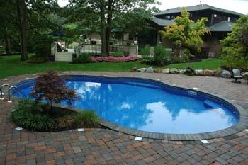 kidney shaped vinyl liner pool