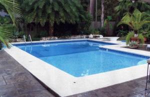 L shaped vinyl swimming pool