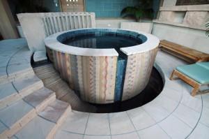 Artaic-Custom-Mosaic-Aztec-Hot-Tub