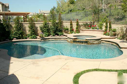 Pool pro spotlight quigley pools of texas swimming pool quotes for Swimming pool finance companies